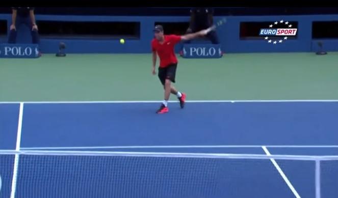 Une amortie magique d'Adrian Mannarino à l'US Open.