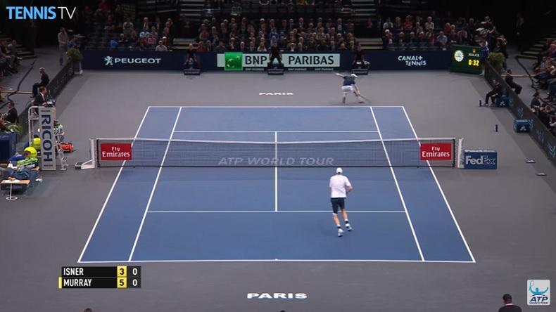 Interdiction de monter en chaussettes contre Andy Murray.