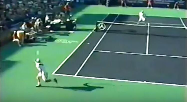Le revers à une main d'Andy Roddick est plutôt efficace.