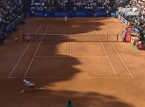Guillermo Coria absolument indébordable contre Andre Agassi au Masters Series de Rome 2005.