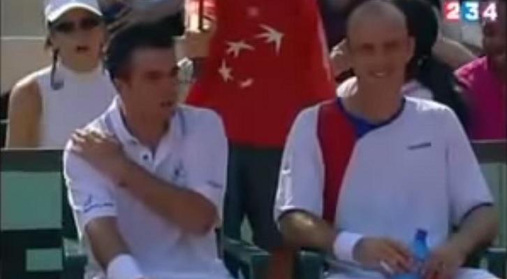 Daniele Bracciali (à gauche) peut remercier Anraud Romera et Pierre-Henry Brandet. Il est sur Tennis Legend grâce à eux.