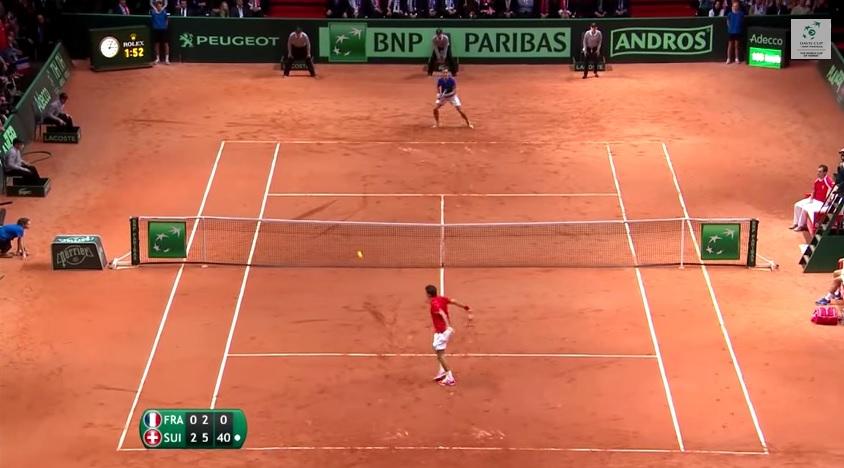 Roger Federer gagne la Coupe Davis 2014 sur une amortie rétro.