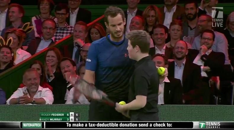 Tweeners, SABR, ramasseur : Federer et Murray font le show à Zurich (Exhibition 2017)