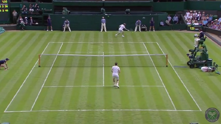L'énorme passing-shot de David Goffin à Wimbledon 2014.