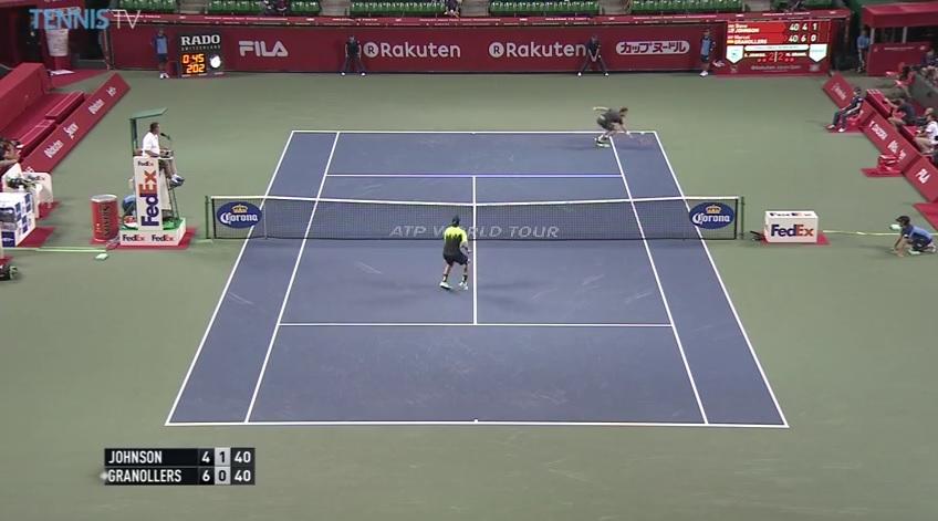 Magnifique défense de Marcel Granollers au tournoi de Tokyo 2014.