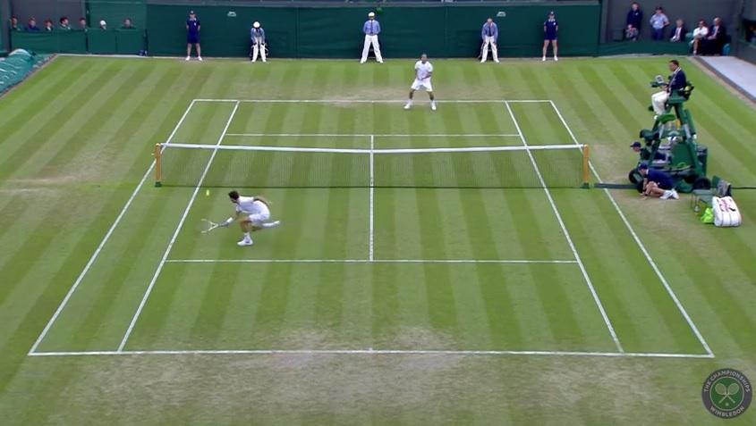 Grigor Dimitrov régale encore avec un nouveau hot shot à Wimbledon 2014.