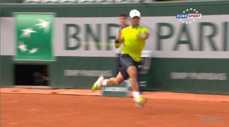 Ce coup droit de Fernando Verdasco mérite bien sa place dans les meilleurs points du Jour 9 à Roland Garros.