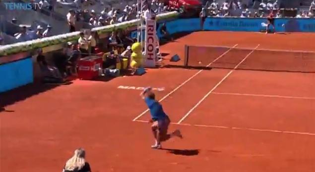 Le contre brutal et soudain de Rafael Nadal au Masters 1000 de Madrid 2014.