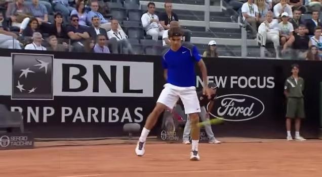 Les meilleures improvisations de Roger Federer.