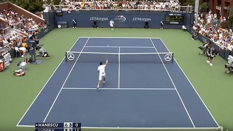 Victor Hanescu a réussi à l'US Open 2010 un joli trick shot avec une feinte de smash.