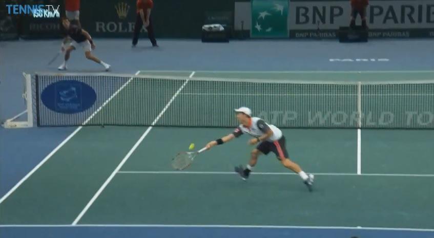 Une volée exceptionnelle de Kei Nishikori contre Novak Djokovic.