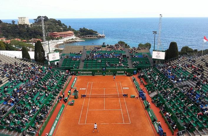 La vue sur le court central du Masters de Monte-Carlo depuis la salle de presse.