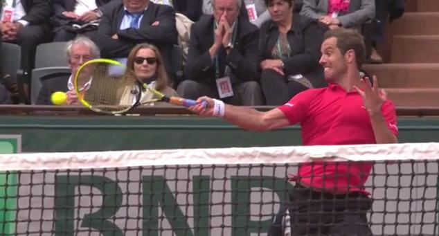 Un coup droit de Gasquet parmi les plus beaux points du Jour 5 à Roland Garros.