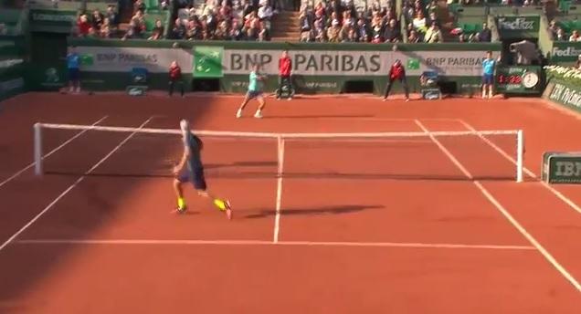 Les meilleurs points de la deuxième journée de Roland Garros 2014.