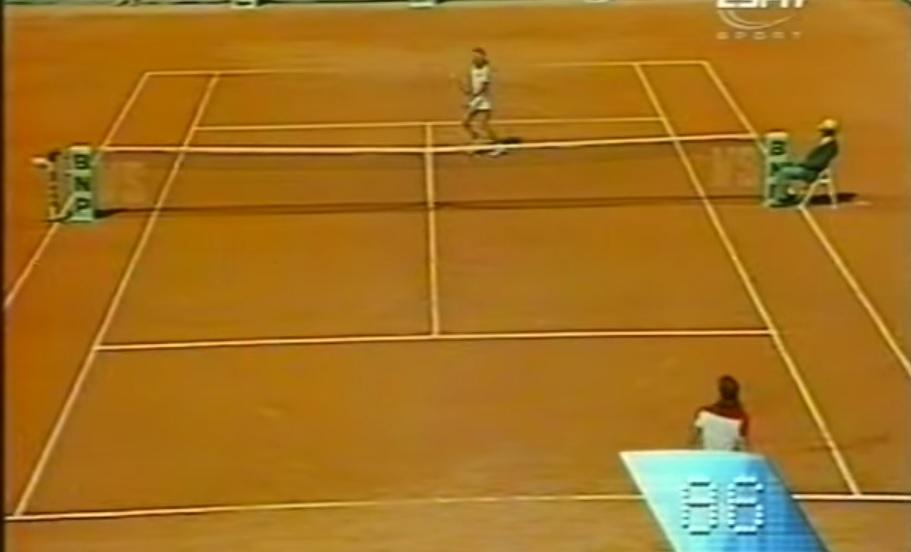 Un point de 86 frappes entre Björn Borg et Guillermo Vilas en finale de Roland Garros 1978.