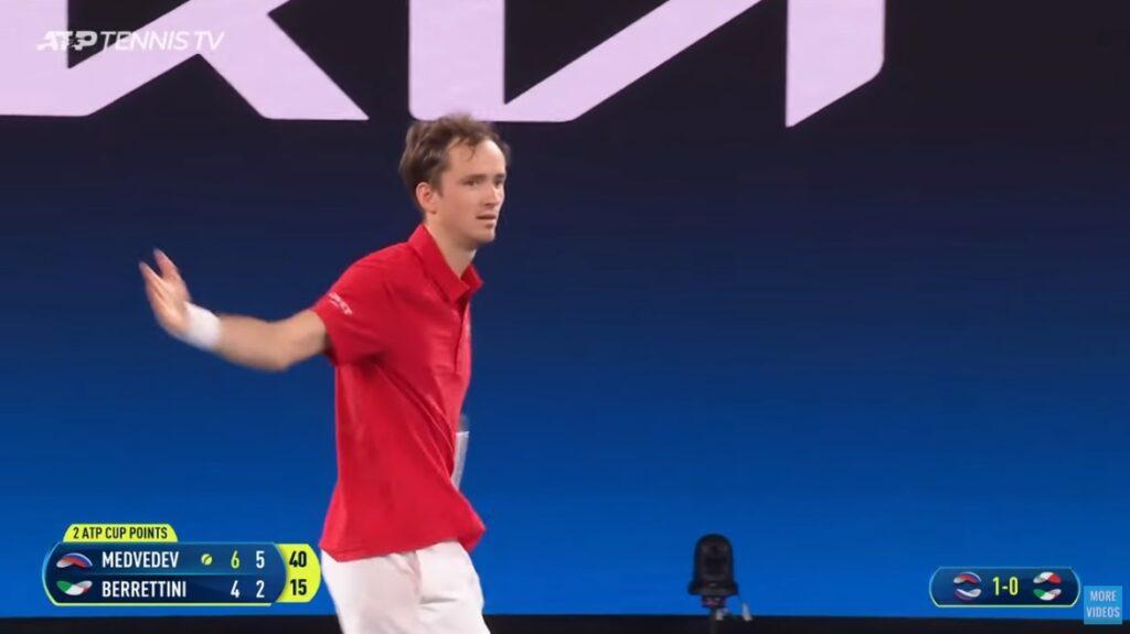 Daniil Medvedev et Andrey Rublev ont écrasé la compétition pour donner le titre à la Russie.