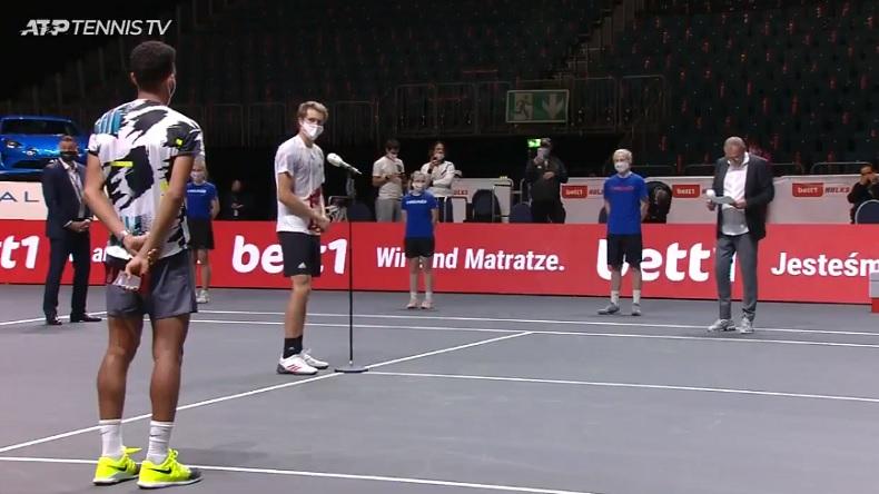La classe d'Alexander Zverev envers Félix Auger-Aliassime au tournoi de Cologne 2020.