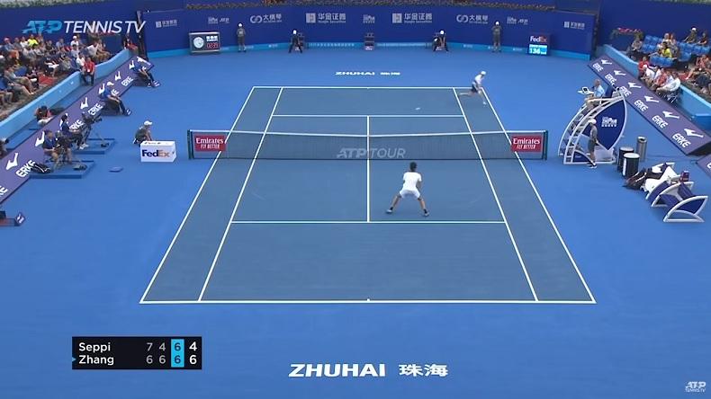 Andreas Seppi a sauvé cinq balles de match au deuxième tour du tournoi de Zhuhai 2019, dont une sur un point magnifique.