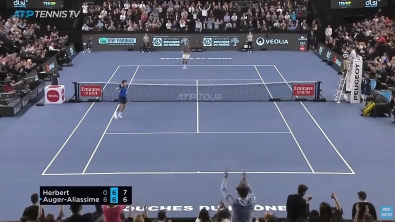 Un match superbe entre Félix Auger-Aliassime et Pierre-Hugues Herbert au tournoi de Marseille 2020.
