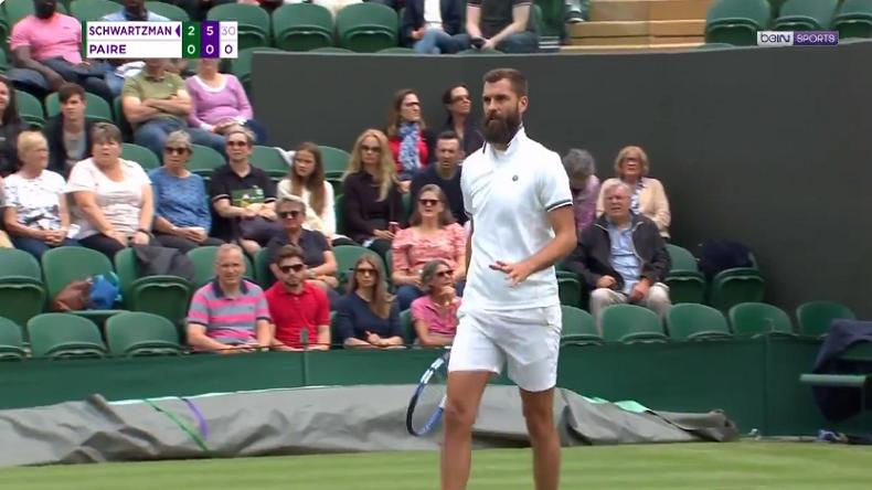 """""""Tu fais perdre du temps à tout le monde"""". La réaction amusante d'un spectateur au cinéma de Benoît Paire à Wimbledon."""
