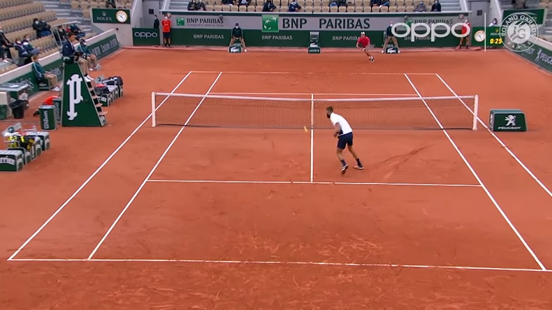 Une volée rétro somptueuse de Benoît Paire à Roland-Garros 2020.