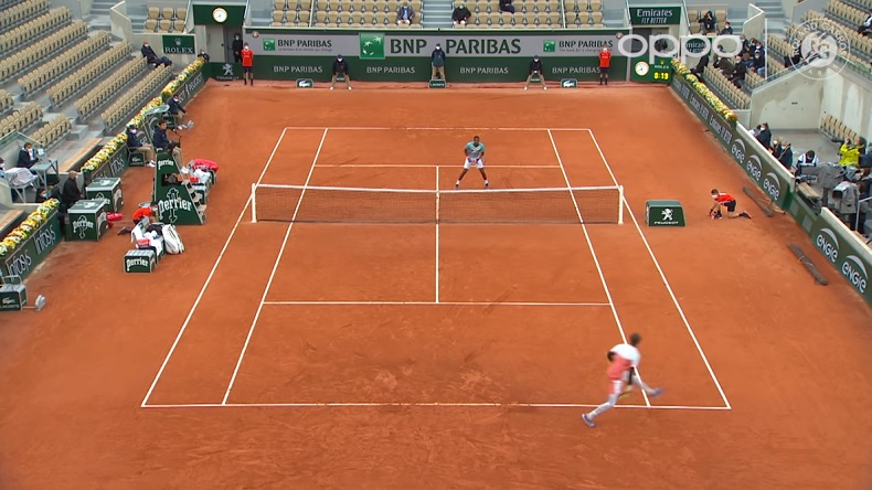 Le tweener lobé parfait d'Alexander Bublik contre Gaël Monfils, à Roland-Garros.