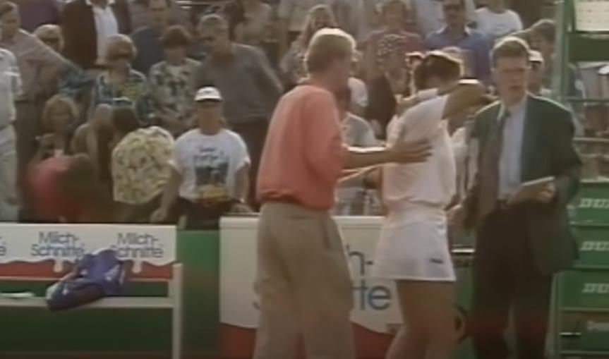 Le tournoi d'Hambourg 1993 a été le théâtre d'un des plus grands drames du tennis. Monica Seles s'était fait poignarder en plein match.