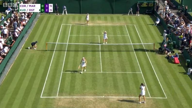 """""""La pute !"""" Alizé Cornet, après avoir été touchée par une volée de Jelena Ostapenko à Wimbledon."""