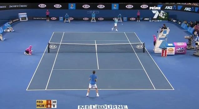 Une compilation de dix coups de fusil de Roger Federer.