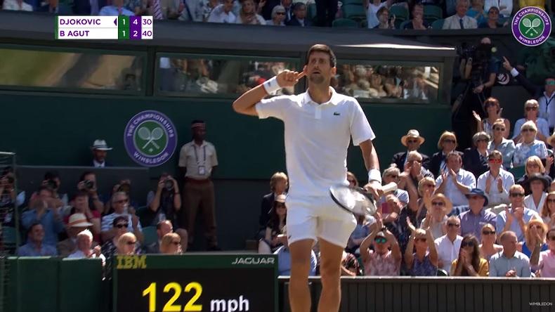 Novak Djokovic remporte le plus long rallye de l'histoire de Wimbledon contre Bautista Agut.