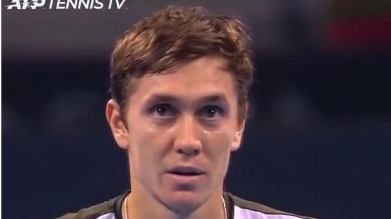 Egor Gerasimov au fond du trou malgré sa victoire en sauvant une balle de match à Sofia.