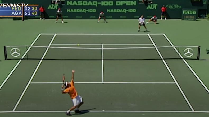 Federer et Agassi avaient envoyé des plombs pendant plus de deux heures sur le central de Miami en finale en 2002.