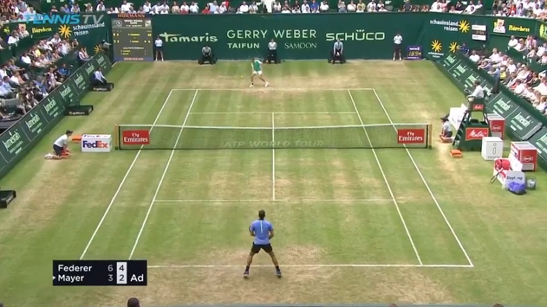 Le point old school à base de chops entre Federer et Mayer (Halle 2017)