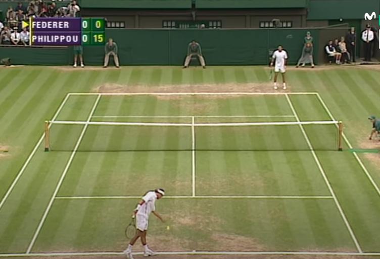 En 2003, Roger Federer soulevait son premier trophée en Grand Chelem à Wimbledon contre Mark Philippousis.