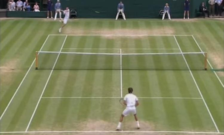 Roger Federer sent même le let.