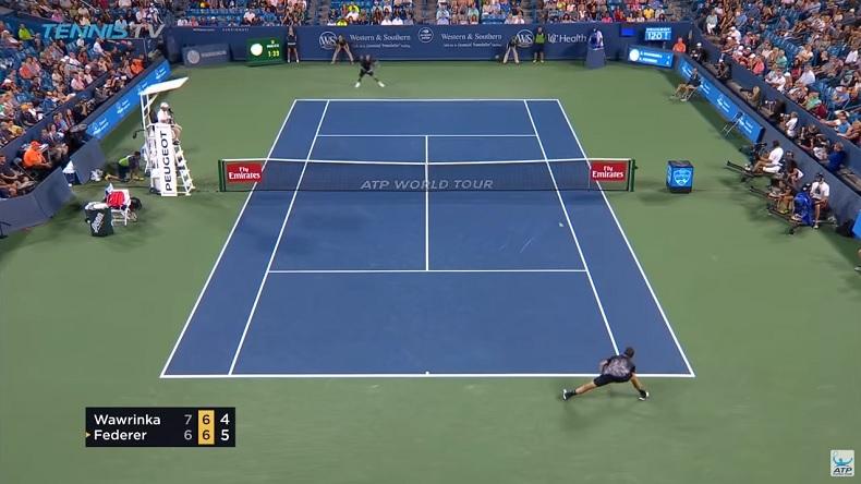 Federer et Wawrinka ont joué à une vitesse folle sur ce rallye à Cincinnati.