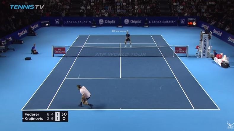 Ce passing de revers en demi-volée de Roger Federer contre Filip Krajinovic est monstrueux.