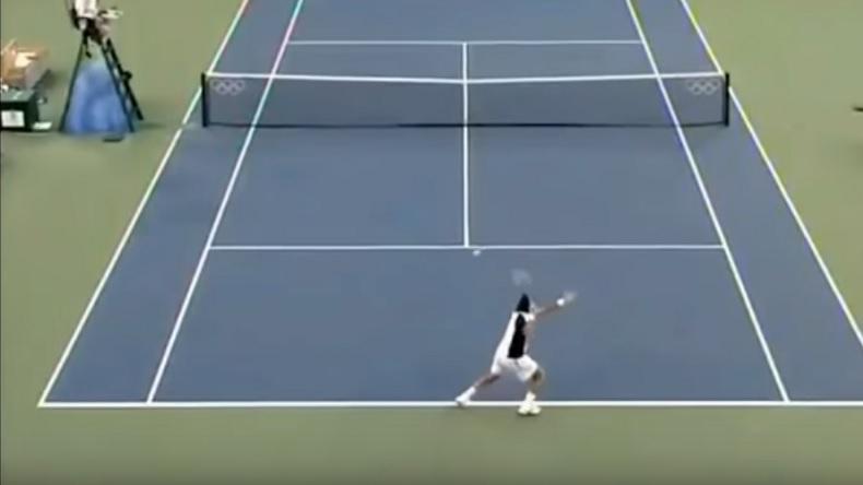 Le coup droit de Fernando Gonzalez était un des plus puissants de l'histoire du tennis.
