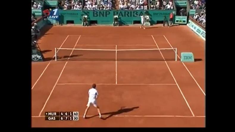 Un retour de martien de Richard Gasquet contre Andy Murray à Roland Garros en 2010.