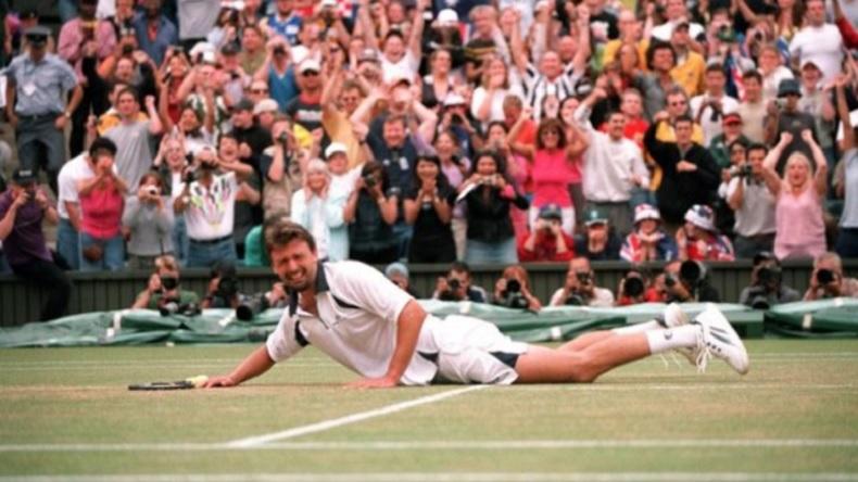 Goran Ivanisevic s'écroule. Il vient de réaliser son rêve : remporter Wimbledon.