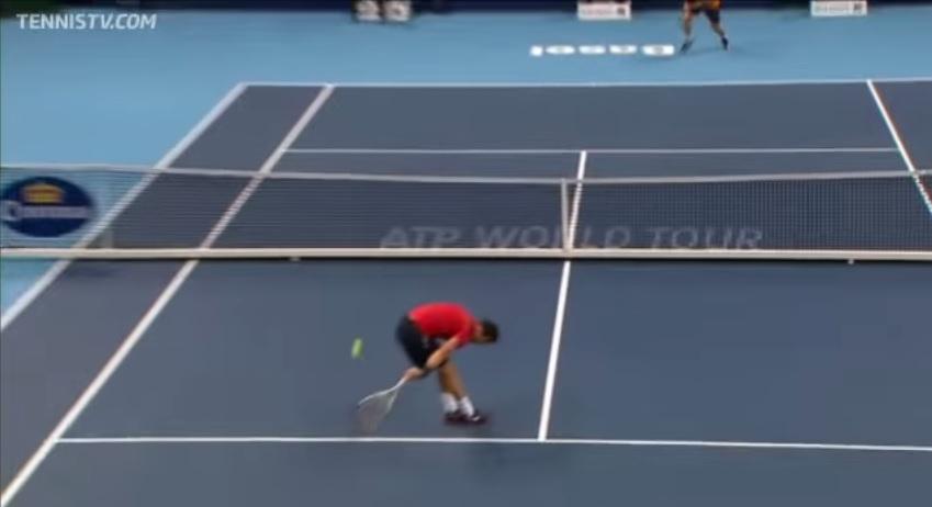 Grigor Dimitrov a marqué le point de l'année 2012 au tournoi de Bâle.