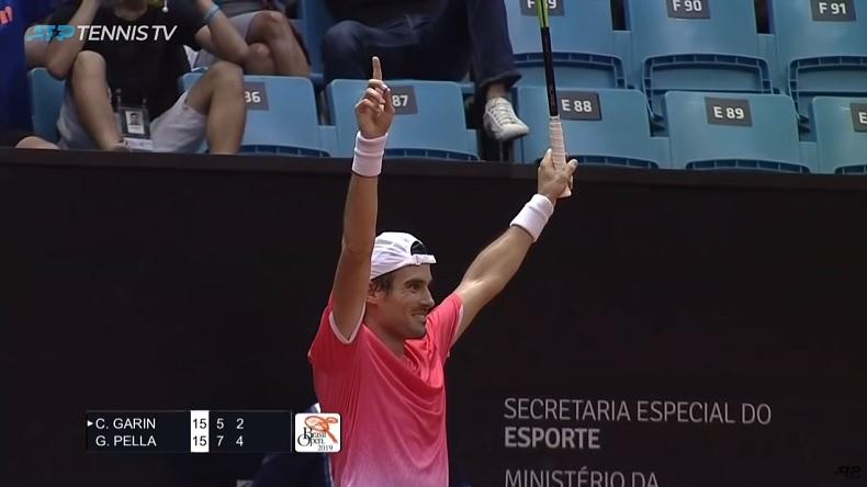 La réaction de Guido Pella après son coup droit incroyable en finale du tournoi de Sao Paulo 2019.
