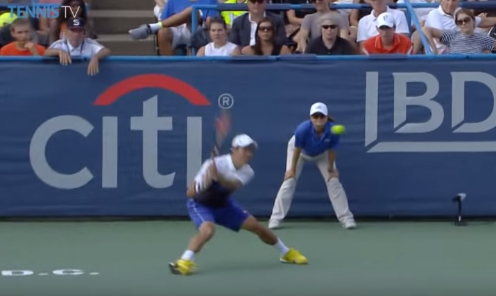 Un passing de revers impressionnant de Kei Nishikori en finale à Washington.