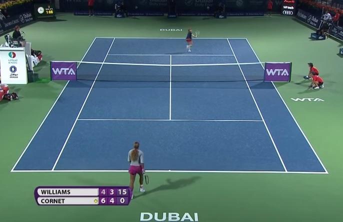 Alizé Cornet renverse une situation mal engagée avec un lob improbable contre Serena Williams.
