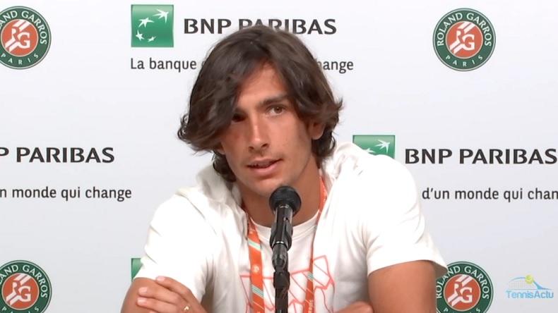 L'explication surprenante de Lorenzo Musetti pour son abandon contre Novak Djokovic en huitièmes de finale de Roland-Garros 2021.