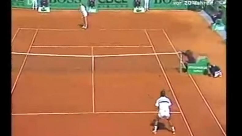 Tournoi des légendes ou tournoi ATP, Mansour Bahrami a toujours joué de la même façon.
