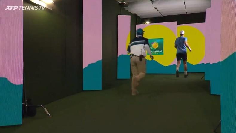 Andy Murray montre l'exemple et prend une pause toilettes en courant à Indian Wells.
