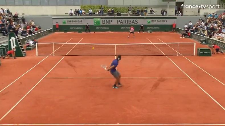 Un point génial entre Musetti et Cecchinato à Roland-Garros 2021.
