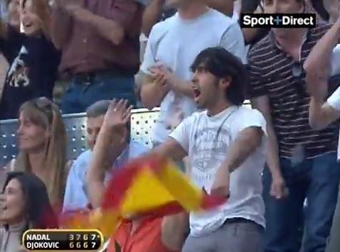 Une ambiance digne d'un stade de foot à la fin de cette finale exceptionnelle au Masters 1000 de Madrid 2009.