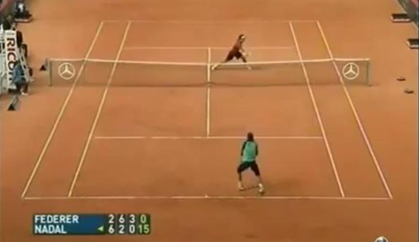 Un point énorme entre Rafael Nadal et Roger Federer au tournoi de Hambourg 2007.